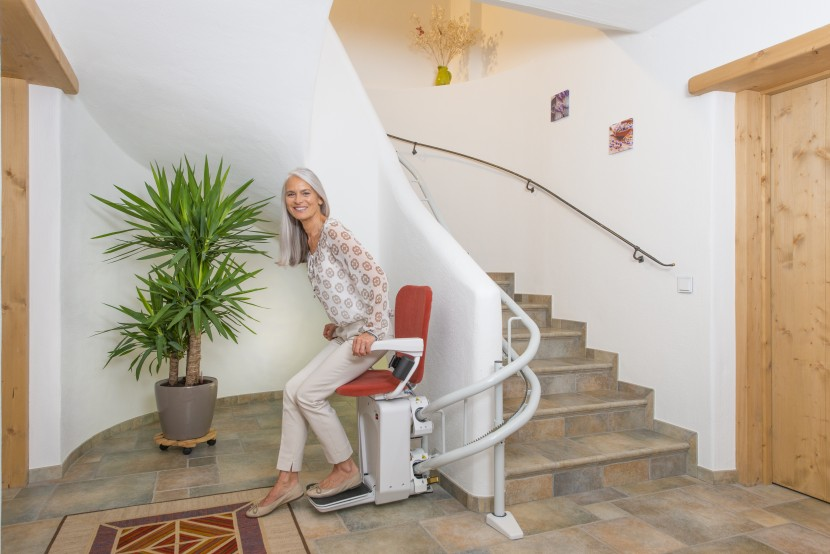 Alpha chair stairlift HQ (2).jpg