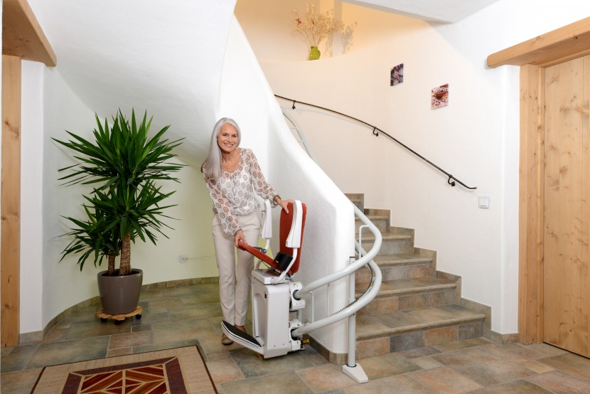 Alpha chair stairlift HQ (3).JPG