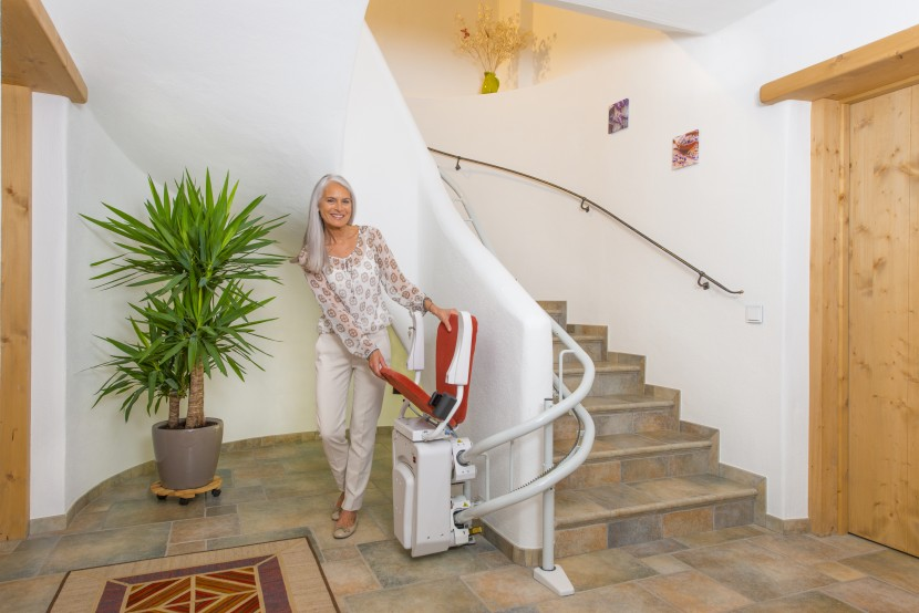 Alpha chair stairlift HQ (4).jpg