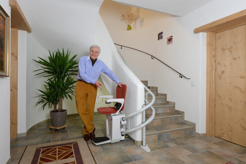 Alpha chair stairlift HQ (6).JPG